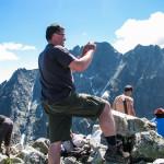 Na szczycie Małej Wysokiej (2429 m), w tle Gerlach (2655 m)