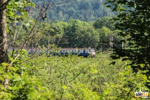 Po ukraińskiej stronie Sanu pociąg wjeżdża na przełęcz Użocką