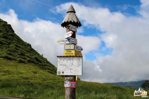 Przełęcz 1275 m pod Tarnicą