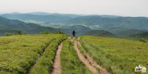 Niebieski szlak zWielkiej Rawki naKrzemieniec (Kremenaros)