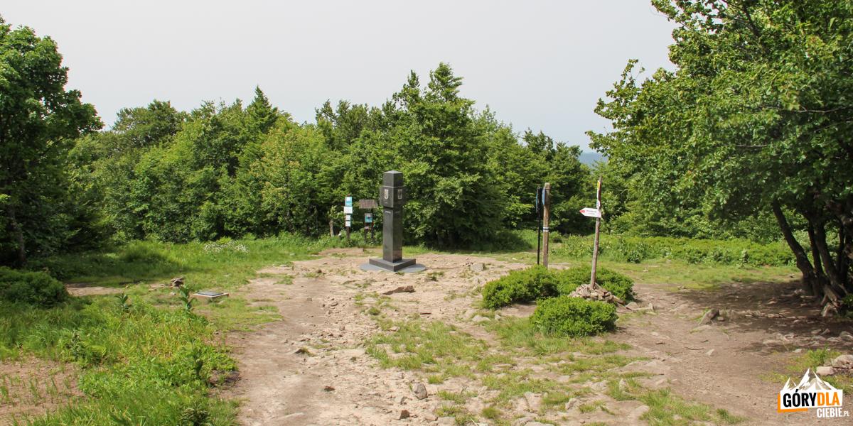 Krzemieniec (Kremenaros) 1221 m