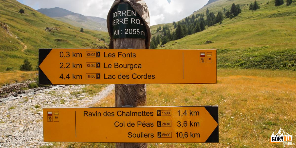 Szlaki przy schronisku (Refuge des Fonts)