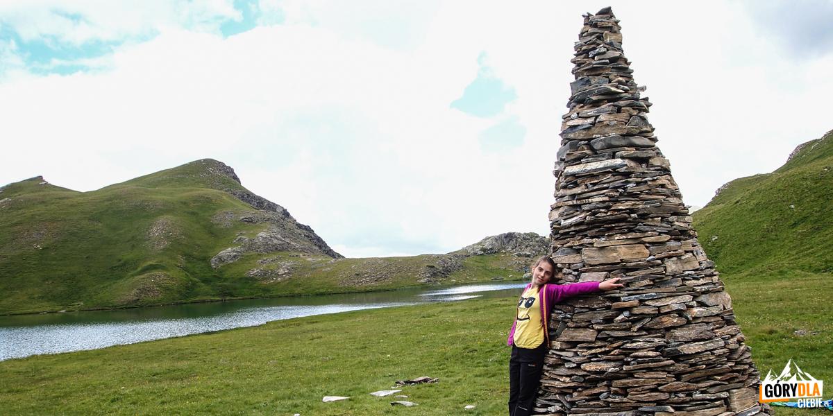 Nad jeziorem Lac des Cordes (2448 m)