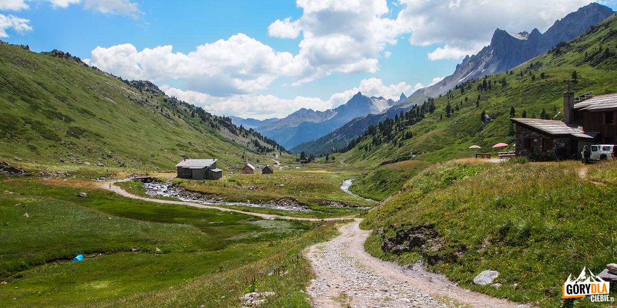 Schronisko Drayères położone na wysokości 2180 m.
