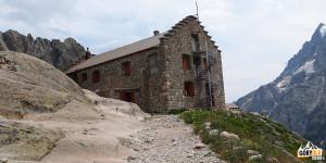 Schronisko Biały Lodowiec [Refuge du Glacier Blanc] - 2542 m