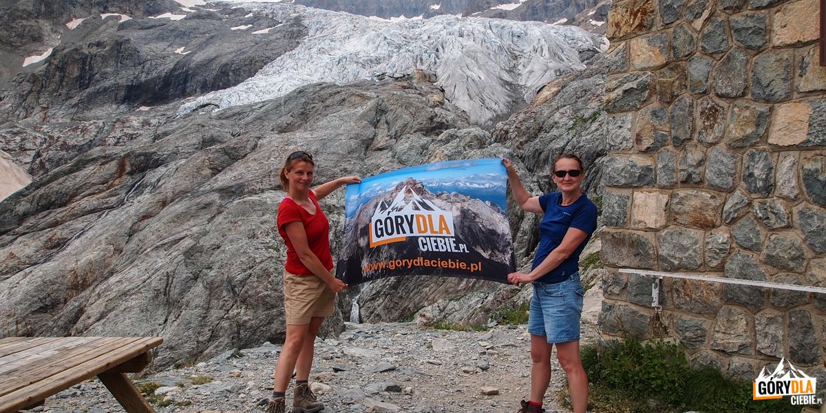 Przed schroniskiem Białego Lodowca [Refuge du Glacier Blanc] - 2542 m