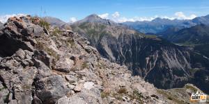 Widoki z grani pod szczytem Petite Peyrolle (2618 m)