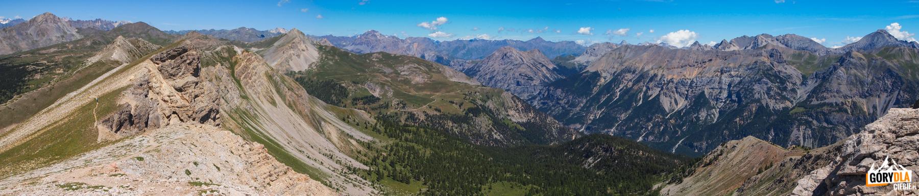 Panorama z grani pod szczytem Grande Peyrolle (2645 m)