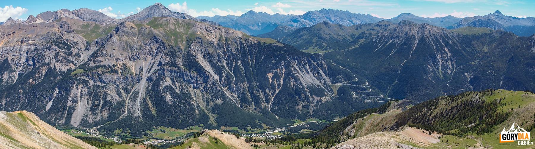 Panorama z grani pomiędzy Grande , a Petite Peyrolle