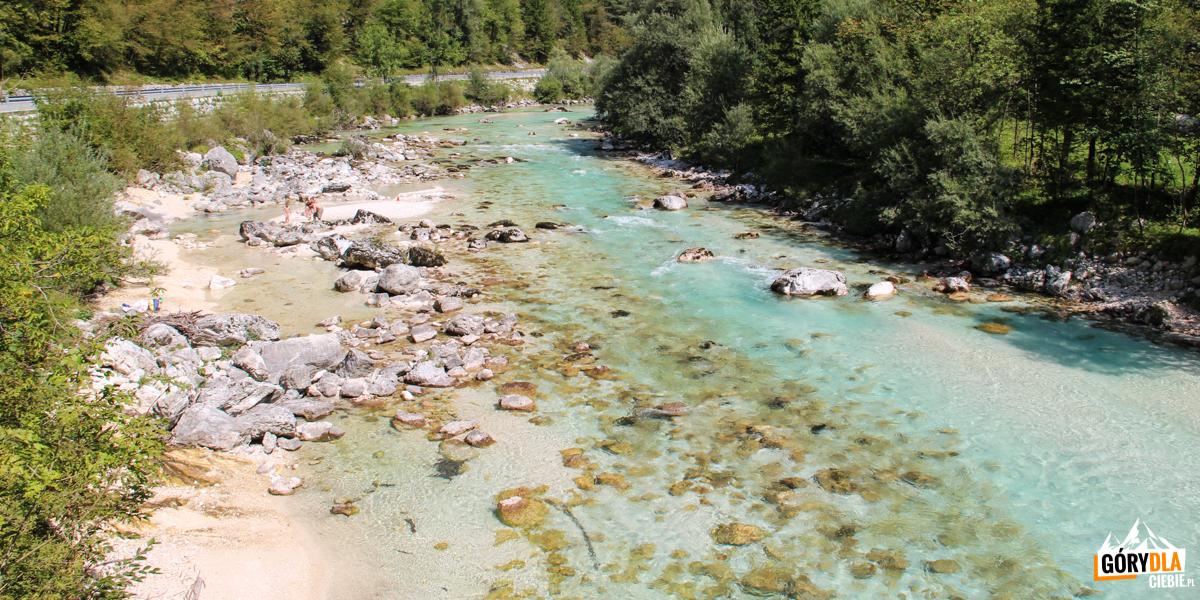 Socza - rzeka wypływająca z Alp Julijskich