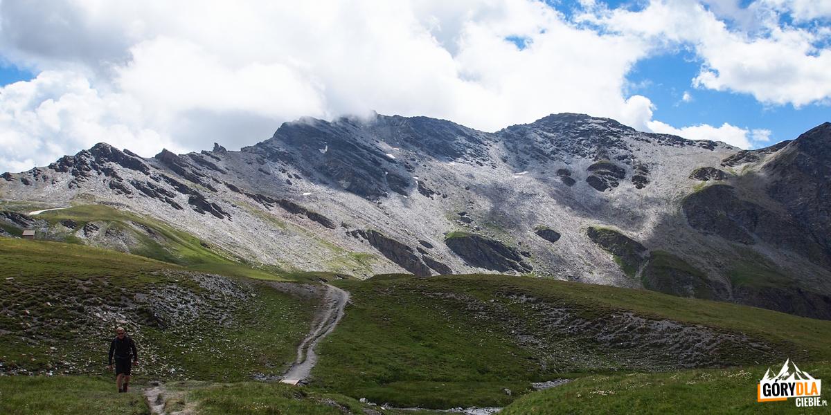 Droga na przełęcz Col Vieux (2806 m)