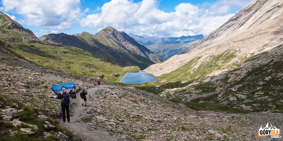 Z przełęczy Col Vieux (2806 m) do jeziora Lac Foréant
