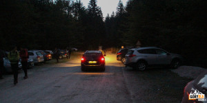 """Parking w Dolinie Vrata przed schroniskiem """"Aljažev dom"""""""