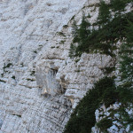Wspaniałe ściany skalne masywu Cmir