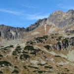 Górna część Doliny Pięciu Stawów Polskich, na prost Świnica (2301 m)