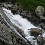 Kaskady wody przy tzw. Danielkach - wygładzeniach polodowcowych