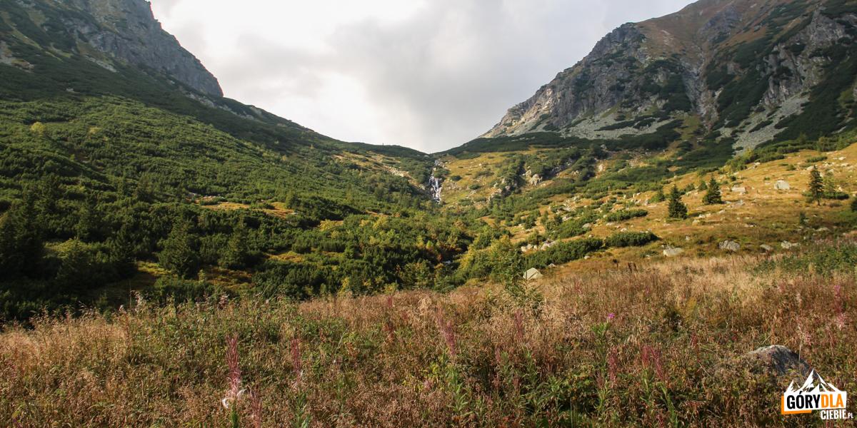 Wodospad na Raczkowym Potoku, próg Zadniej Raczkowej Doliny