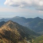 Widok z Salatyna (2048 m) na Podvalovec - odgałęzienie Doliny Bobrowieckiej