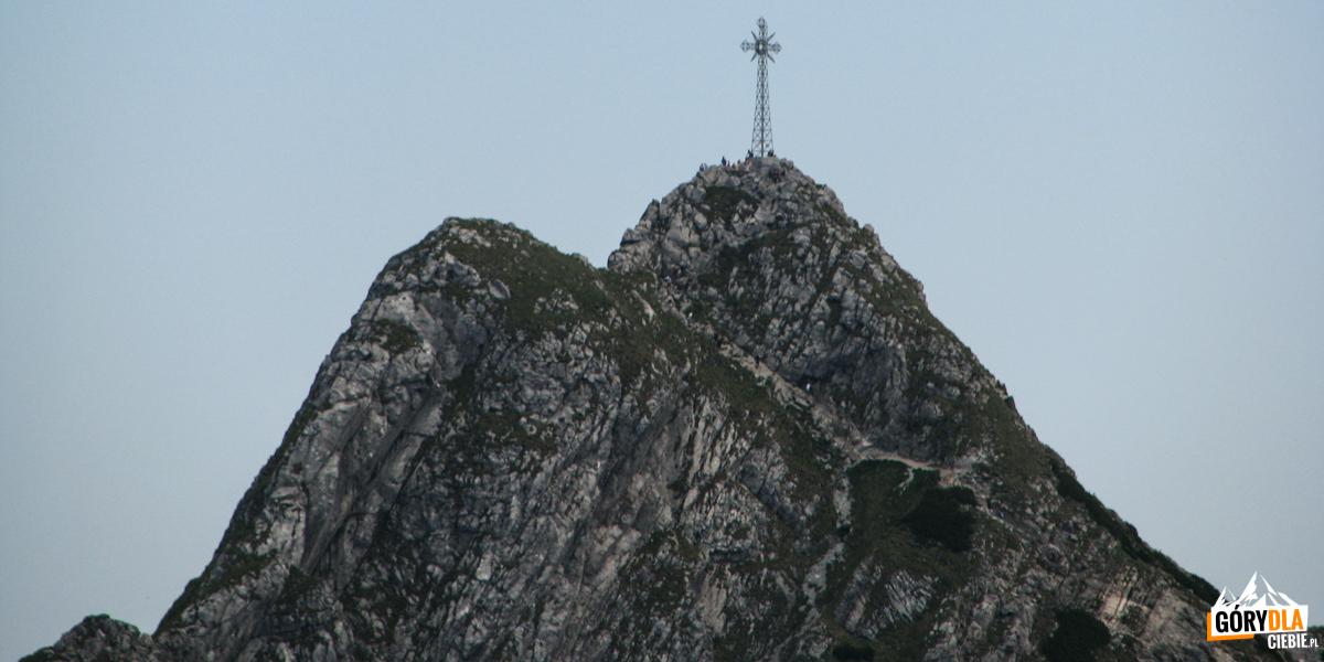 Krzyż na szczycie Giewontu (1895 m)