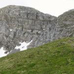 Sciany Krzesanicy (2122 m) i Ciemnaika (2096 m) opadające do Dolinki Mułowej