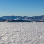 Widoki ze szczytu Jałowca (1111 m) na Pilsko (1557 m), Rysiankę (1322 m) i Romankę (1366 m)
