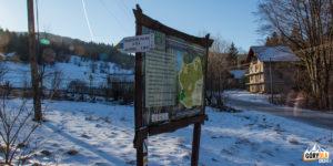 Stryszawa Roztoki - poczatek szlaku i ścieżki rzyrodniczej na Jałowiec