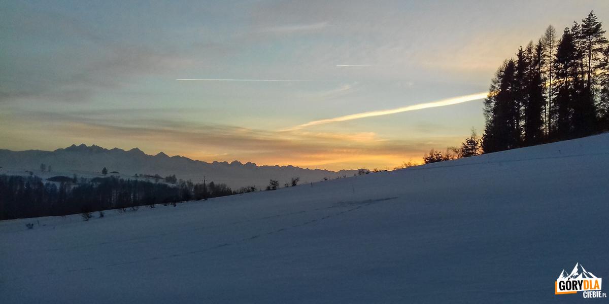 Zachód słońca nad Przełęczą Snozka