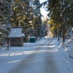 Droga z Zazadniej na Wiktorówki - kasa TPN