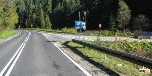 Rzeki - zjazd z drogi nr 968 (Mszana - Kamienica)
