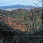 Widok z Góry Zamkowej na Lubań (1211 m)