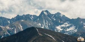 Szczyt Świnicy (2301 m) na tle Orlej Perci