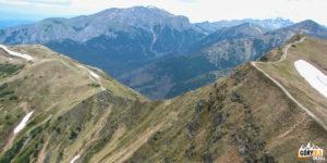 Siwa Przełęcz (1812 m) i Siwe Turnie