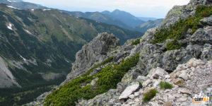 Widok spod szczytu Ornaku (1854 m) na Dolinę Starorobociańską