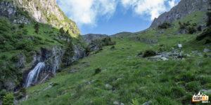 Trasa na Moldoveanu z doliny Valea Rea