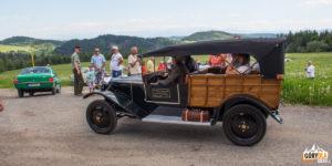 Hájovňa na Rovniach - zlot zabytkowych samochodów Oravský veterán 2017