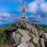 Obelisk naszczycie Pikuja (1408 m)