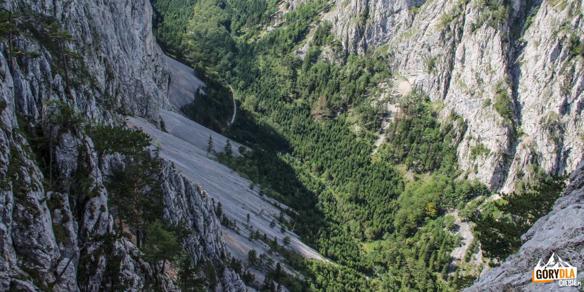 Dno doliny Große Höllental