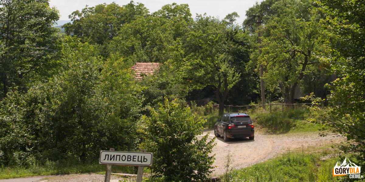 Lipowiec - ostatnia wieś prze wjazdem naPołoninę Równą