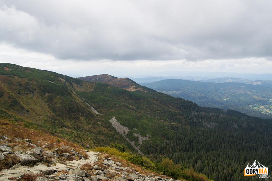 Widok spod szczytu Babiej Góry