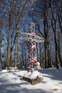 Krzyż na szczycie Lubogoszczy
