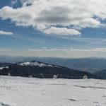 Widok z grani Dumbierskich Tatr na południe - pasmo Poľana