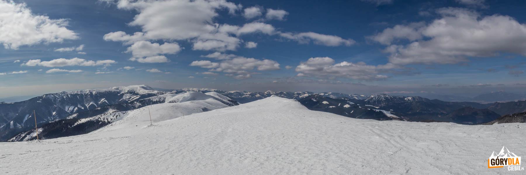 Widoki ze szczytu Ďurkova (1749 m)
