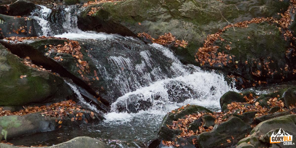 Wodospad na potoku Hylaty, zwany również Szepit