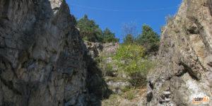 Kamieniołom, można tu ćwiczyć wspinaczkę skałkową, techniki alpinistyczne