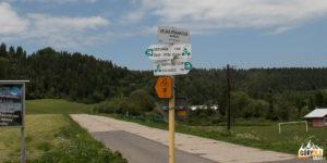 Tablice informacyjne na granicy polsko - słowackiej (przejazd z Kacwina do wsi Mala Franková