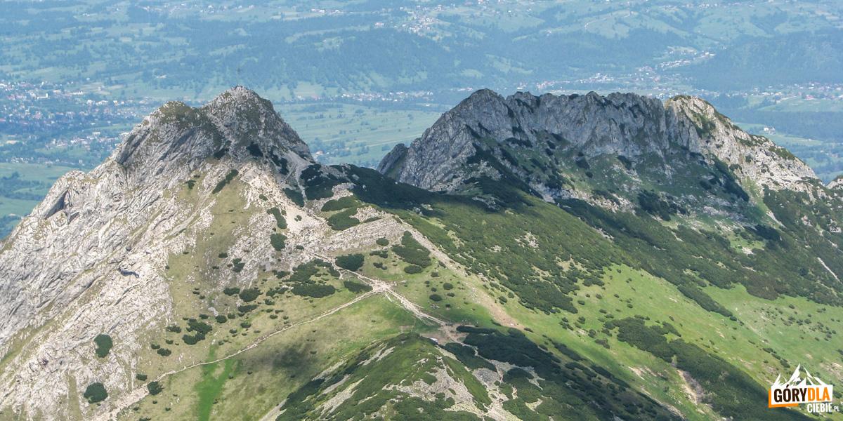 Masyw Giewontu, poniżej Kondracka Przełęcz