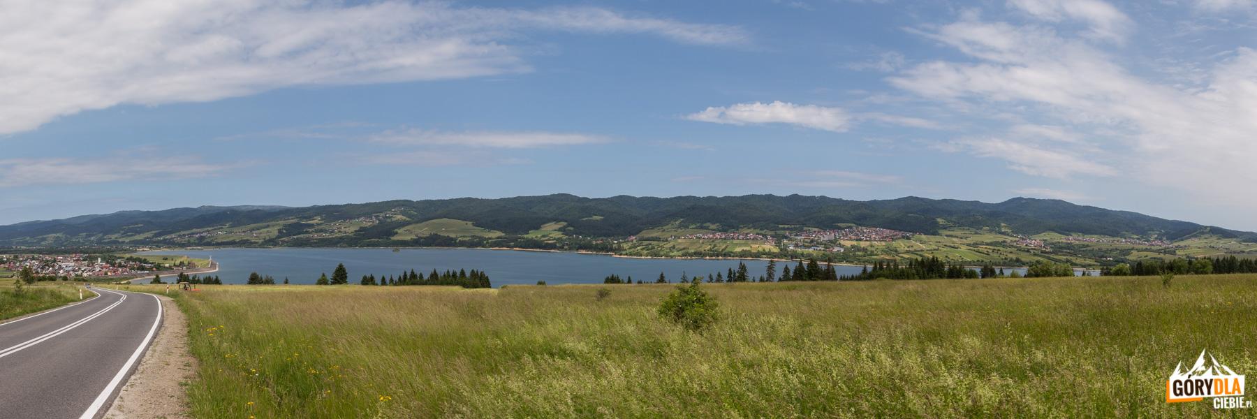 Jezioro w Czorsztynie