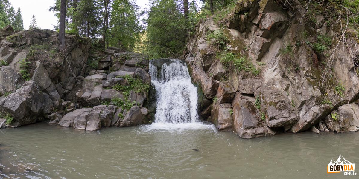 Wodospad Zaskalnik wSzczawnicy