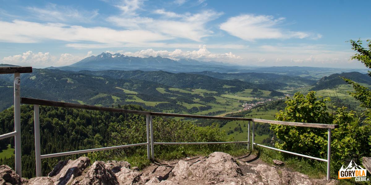 Panorama z Wysokiej - najwyższego szczytu Pienin