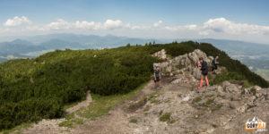 Szczyt Wielkiego Chocza (1611 m), w tle Mała Fatra